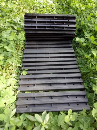Chemin de jardin, 1.40 mètre linéaire - Plastique résistant - Modulable