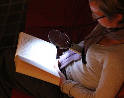 Loupe de lecture, Portative, 2 LED éclairantes